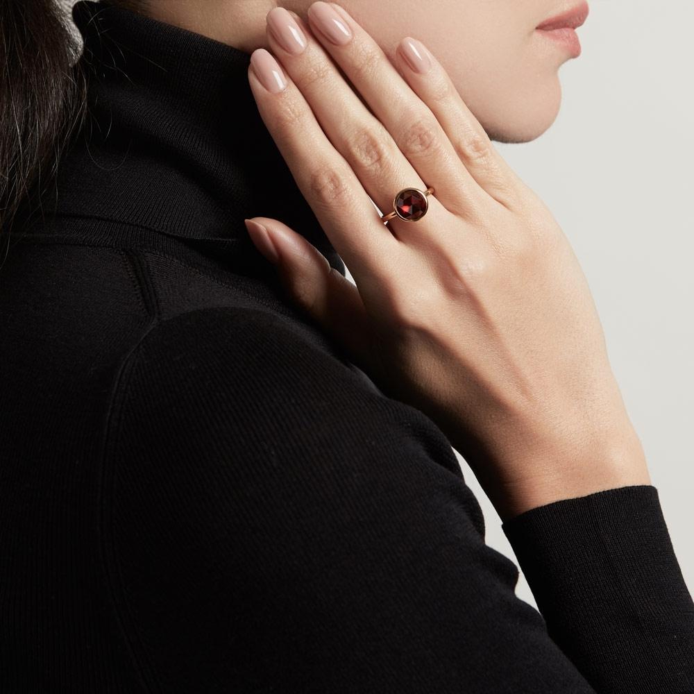 Round Garnet Stilla Ring